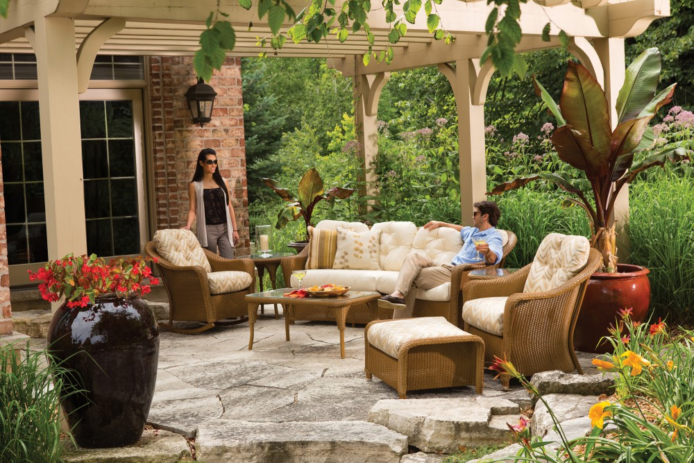 Save  On Lloyd Flanders Outdoor Furniture Thru May - Lloyd flanders outdoor furniture