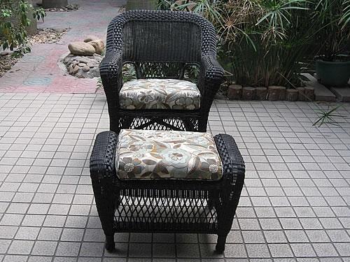 Chair (G)