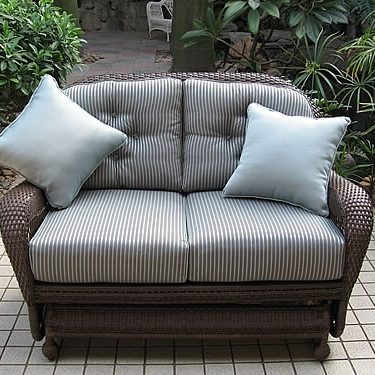 Loveseat Glider (M)