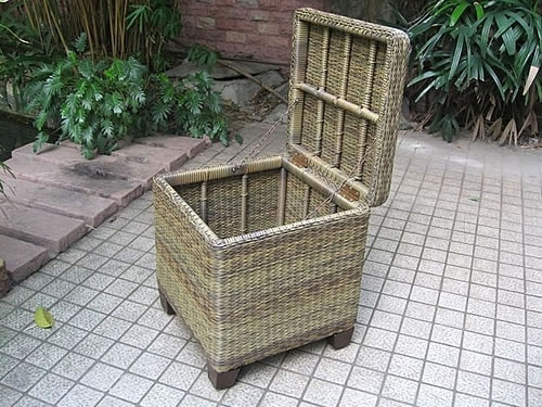 Trunk End Table (S)